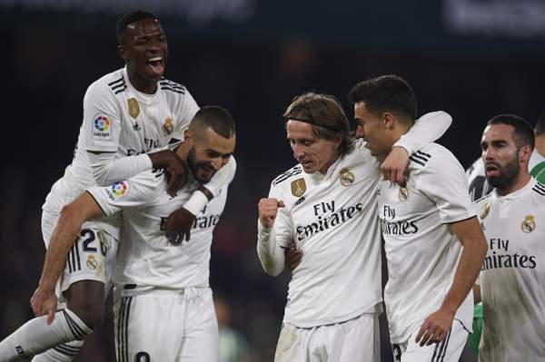 Betis 1 Real Madrid 2: Dani Ceballos rescues win for Los Blancos with late free-kick against his former club