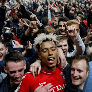 Charlton reach Wembley after thrilling Play-Off semi-final shootout win over Doncaster
