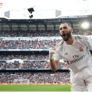 Karim Benzema rules out imminent Lyon return and wants to 'keep making history' at Real Madrid