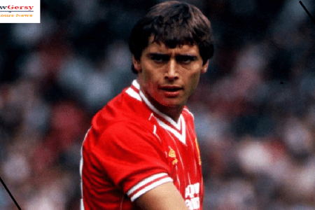 Michael Robinson: Former Liverpool and Republic of Ireland striker dies aged 61